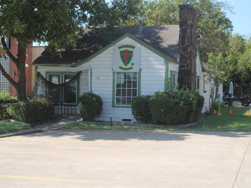 Commercial Building Waxahachie : Waxahachie : Ellis County : Texas