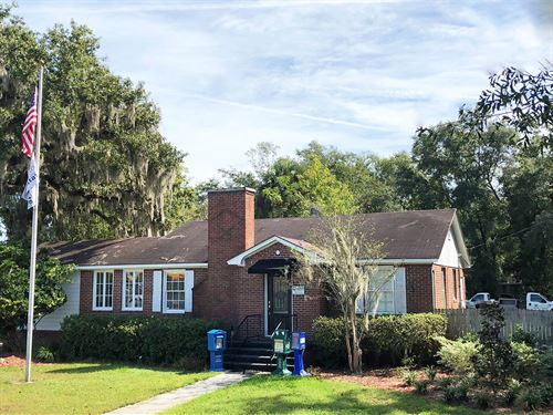 Commercial/Office Building Lake : Lake City : Columbia County : Florida