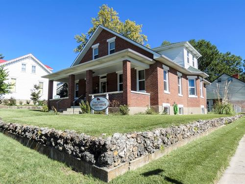 Established Turn Key Guesthouse B&B : Hermann : Gasconade County : Missouri