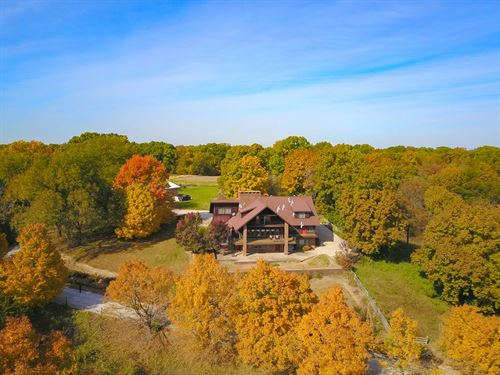 Bed Breakfast Lodge Illinois River : Browning : Schuyler County : Illinois