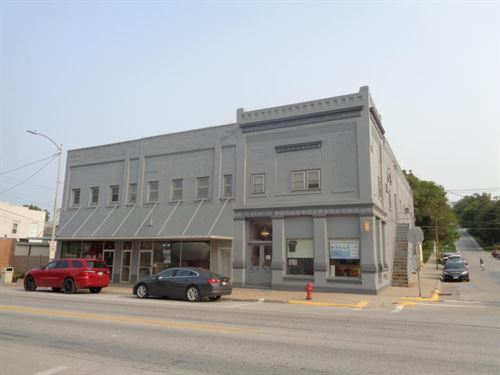 Commercial Building Apartments Mo : Missouri Valley : Harrison County : Iowa