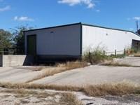 Warehouse With Loading Dock : Jonesboro : Coryell County : Texas