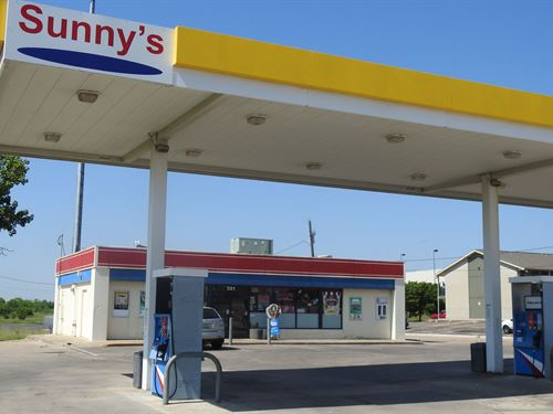 C-Store W/Fuel Pumps : Temple : Bell County : Texas