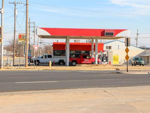 Convenience Store Business : Salina : Saline County : Kansas