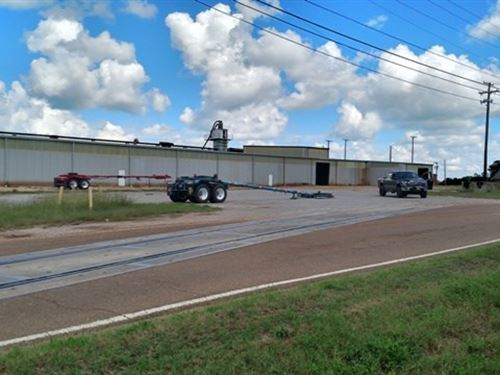 Commercial Property Winston County : Louisville : Winston County : Mississippi