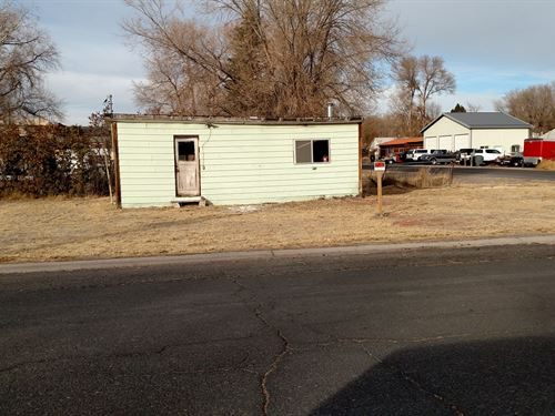 Lot In Burns Or Zoned Commercial : Burns : Harney County : Oregon