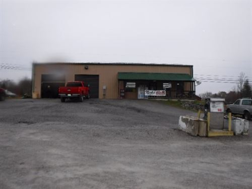 1.70 Acres, Deli, Store, Auto Shop : Lancing : Morgan County : Tennessee