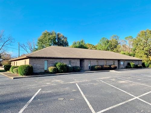 6036 Sq.Ft, Commercial Building : Geneva : Alabama