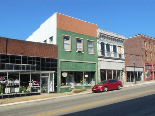 Downtown Commercial Building Willow : Willow Springs : Howell County : Missouri