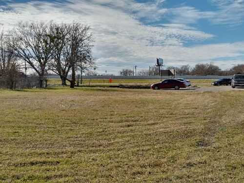 .49 Acre Lot On I-35E Red Oak, Tx : Red Oak : Ellis County : Texas