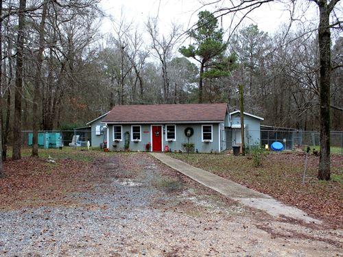 Boarding Kennel & Home Mooringsport : Mooringsport : Caddo Parish : Louisiana