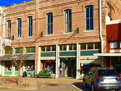 Historic 1890'S Commercial Building : Bonham : Fannin County : Texas