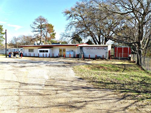 Country Store Home Lake Palestine : Frankston : Henderson County : Texas