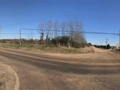 Senatobia Lot 4.27 Acre Lot : Senatobia : Tate County : Mississippi