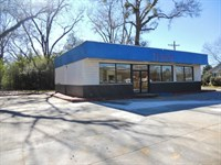 Commercial Building On Main Street : Centreville : Wilkinson County : Mississippi