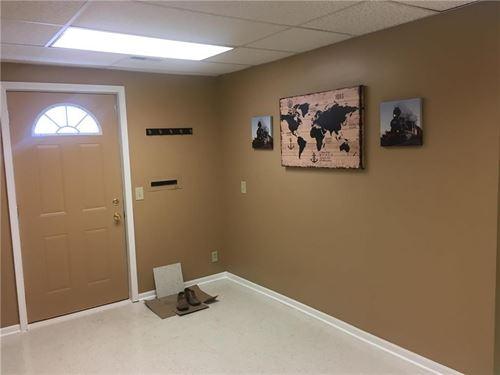 Office Space For Lease Woodbine Rd : Saint Joseph : Buchanan County : Missouri