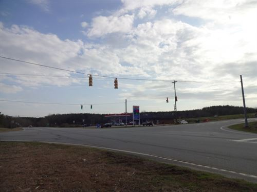 47.50 Acres, Stop Light Access : Westminster : Oconee County : South Carolina