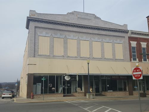 Historic Commercial Building : Trenton : Grundy County : Missouri