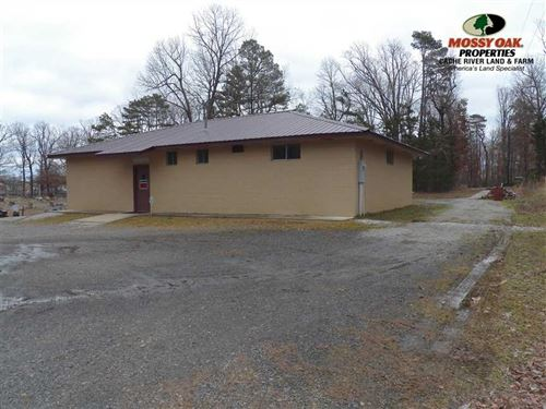 Large Building For Sale in Concord : Concord : Cleburne County : Arkansas