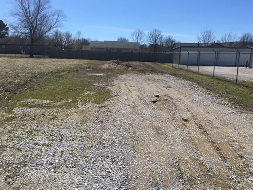 Elkins Arkansas Commercial Lot : Elkins : Washington County : Arkansas