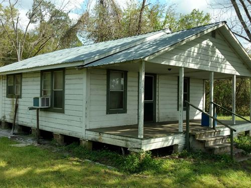 Income Producing Property : Lake City : Columbia County : Florida