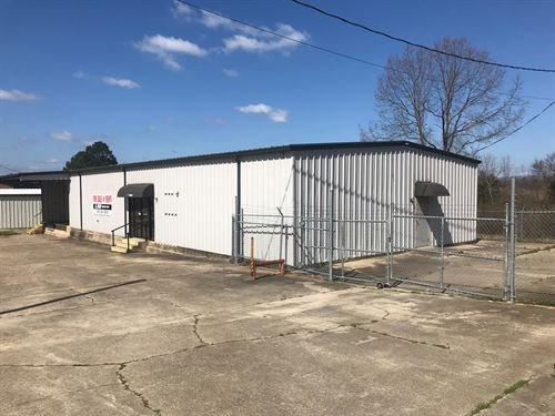 Commercial Real Estate on Hwy 71 : Mena : Polk County : Arkansas