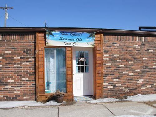 Business Opportunity, Tanning Salon : Atlanta : Montmorency County : Michigan