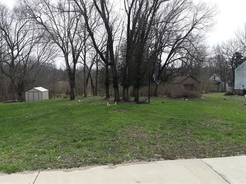 Building Lot, Warrenton, Missouri : Warrenton : Warren County : Missouri