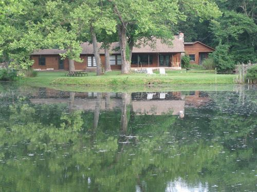 Missouri Ozark Resort, Recreation : Crocker : Pulaski County : Missouri