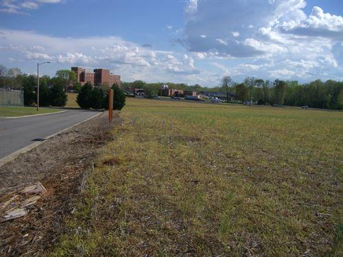 6.88 Ac Land In Medical District : Scottsboro : Jackson County : Alabama
