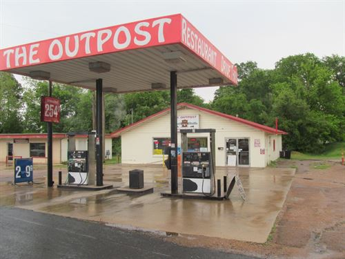 Gas Station, Restaurant : Winnsboro : Franklin County : Texas