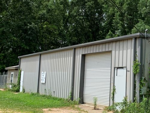 1 Acre With A Commercial Building : McComb : Pike County : Mississippi