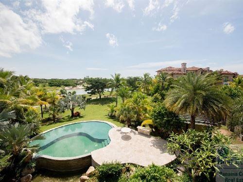 Apartment Buenaventura, Paseo DE : El Chirú : Panama