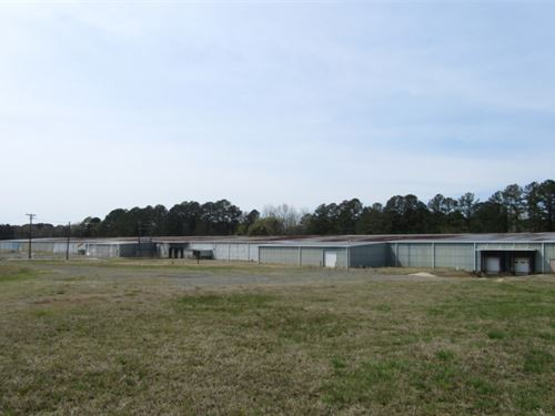 14 Acres With A Commercial Building : Maben : Oktibbeha County : Mississippi