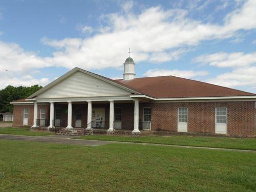 Commercial Building Ahoskie, North : Ahoskie : Hertford County : North Carolina