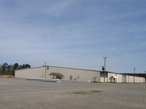 35 Acres With A Commercial Building : Maben : Oktibbeha County : Mississippi