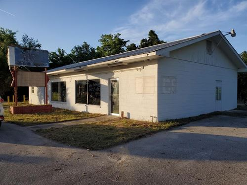City Limits Commercial Building : Chiefland : Levy County : Florida