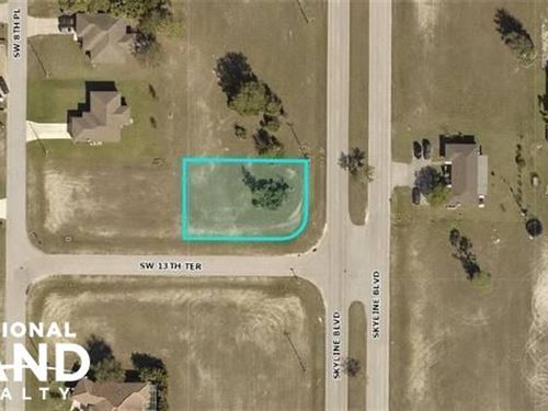 Great Commercial Lot, Water And Sew : Cape Coral : Lee County : Florida