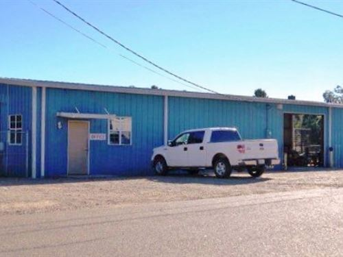 Commercial Building 8 Acres For Sal : McComb : Pike County : Mississippi