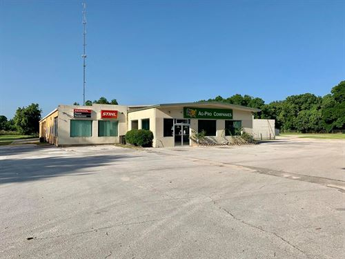 Commercial Building 9 Ac, City : Chiefland : Levy County : Florida