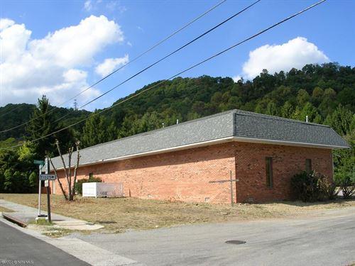 Medical Clinic Building Rich Creek : Rich Creek : Giles County : Virginia