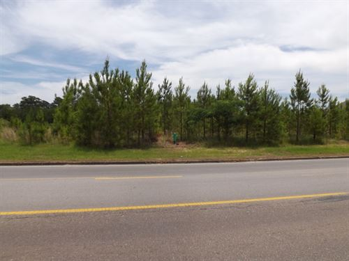 Commercial Lot 9 In Marion County : Columbia : Marion County : Mississippi