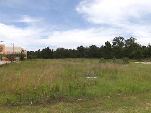 Commercial Lot 14 In Marion County : Columbia : Marion County : Mississippi