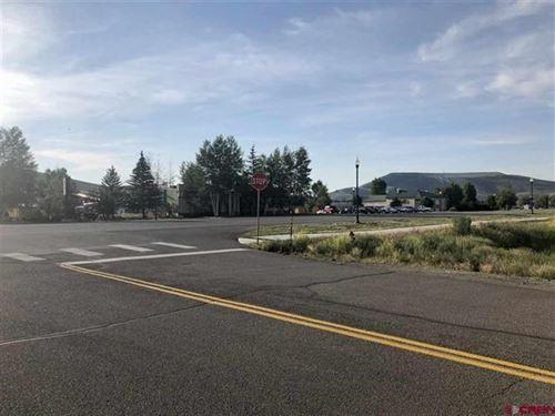 Commercial Space Endless : Gunnison : Colorado