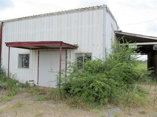 Commercial Building, Old Feed : Winnsboro : Wood County : Texas
