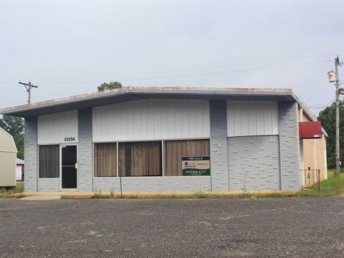 Commercial Building Under 100K : Highland : Sharp County : Arkansas