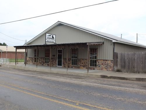 Commercial In Bowie County, Texas : De Kalb : Bowie County : Texas