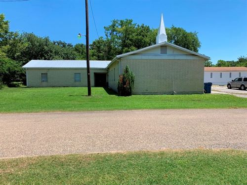 Commercial Building, Church East TX : Malakoff : Henderson County : Texas