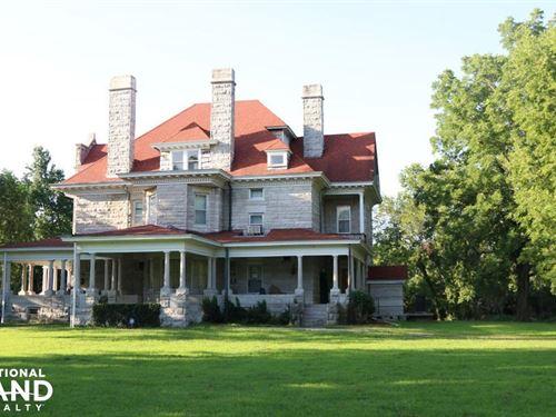 Carthage Home & Hobby Farm : Carthage : Jasper County : Missouri