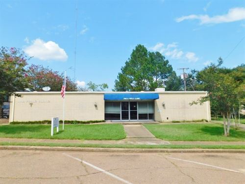 6200 Sf Commercial Building For Sal : Centreville : Wilkinson County : Mississippi